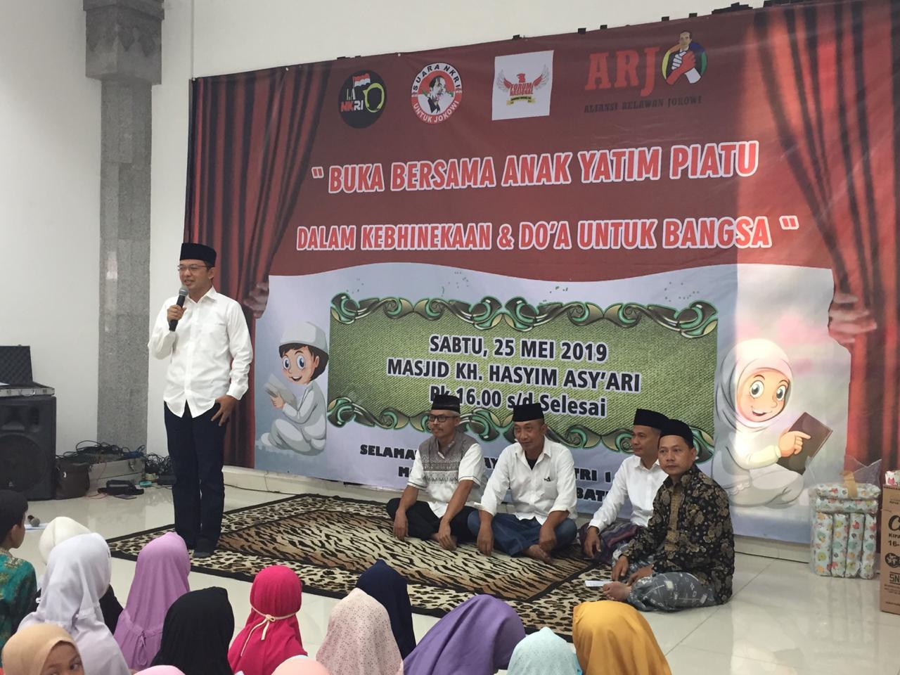 Gabungan Organisasi Relawan Jokowi Adakan Buka Puasa Bersama Anak Yatim Piatu