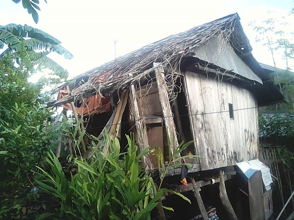 Fadly Syarif Tinjau Bangunan Rumah Tidak Layak Pakai Dan Pedagang Kaki Lima