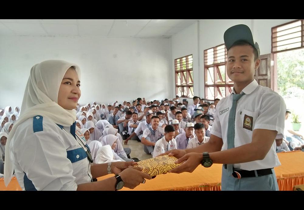 """Tingkatkan Minat Siswa Menjadi Pewarta, PPWI Aceh Tamiang Gelar """"Saweu Sikulah"""""""