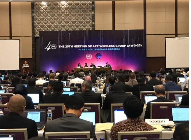 Indonesia Tuan Rumah The 25th Meeting of the APT Wireless Group