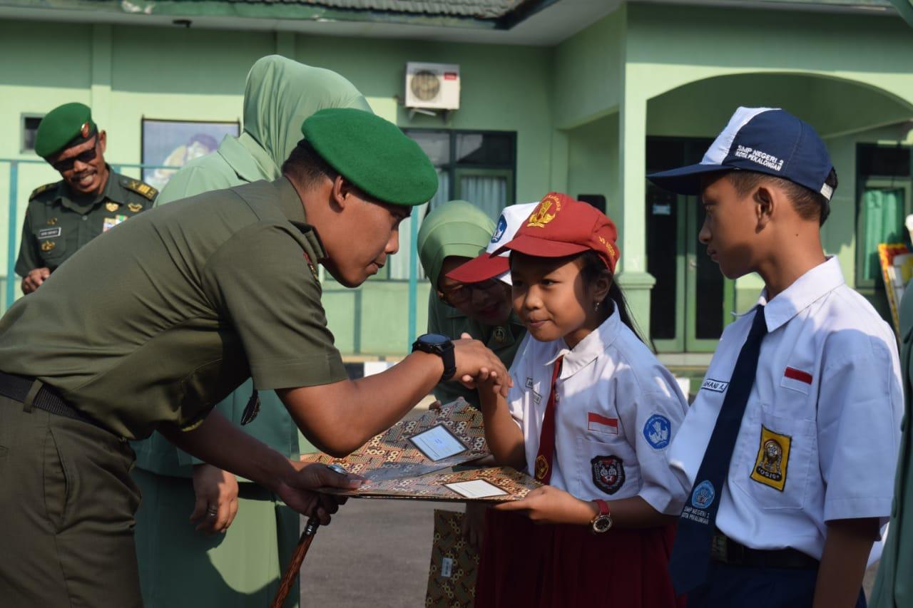 Pangdam IV Dip Berikan Beasiswa Bagi 18 Anak Prajurit Berprestasinya
