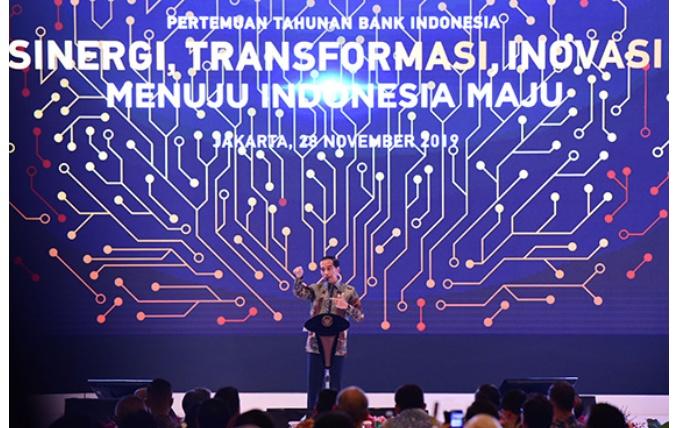 Segera Ajukan 'Omnibus Law', Presiden: Mohon Maaf Eselon IV Dan III Kita Pangkas Tahun Depan