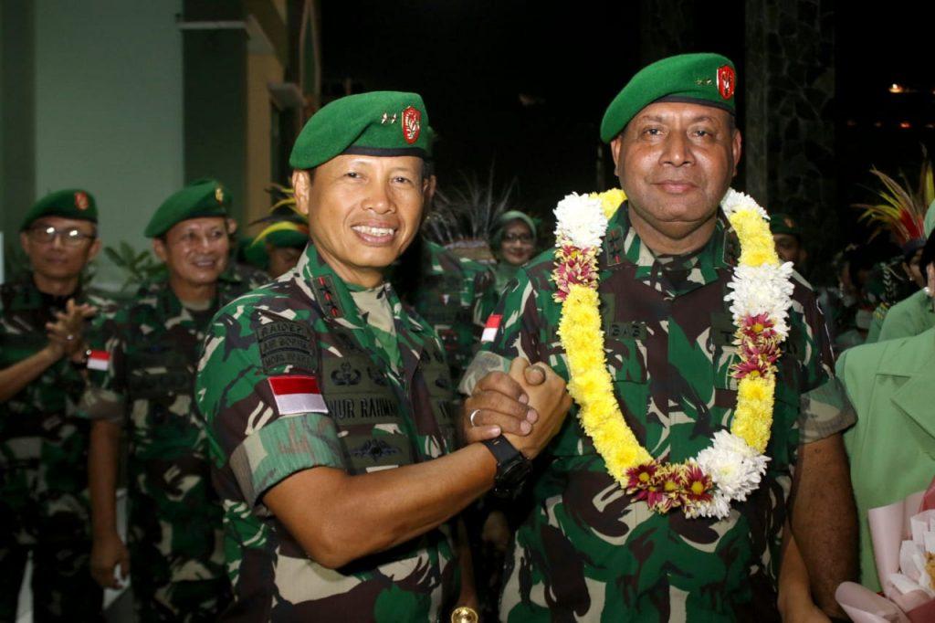 Pangdam XII/Tpr Pimpin Tradisi Pelepasan Mayjen TNI Herman Asaribab