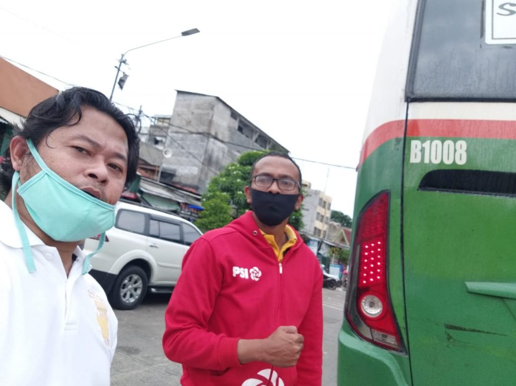 GARUDA INDONESIA JAYA BESERTA GRPB  GIAT BAKTI SOSIAL PENYEMPROTAN Di TERMINAL BIS