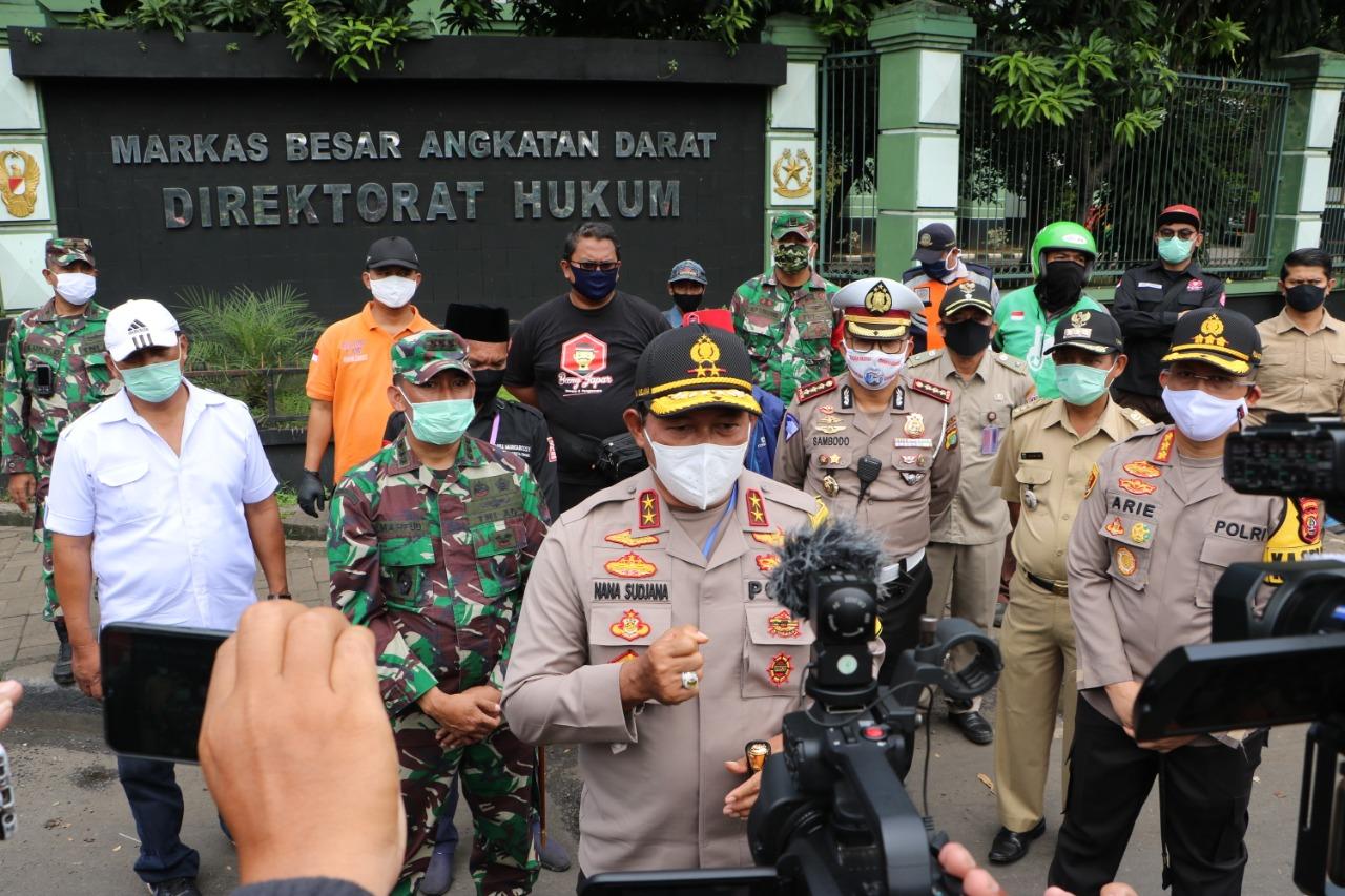 Kapolda Metro Jaya Melaksanakan Giat Cek Point' OPS Hari II PSBB