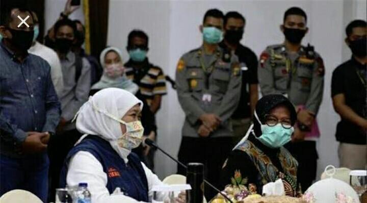 Rapat Koordinasi Membahas Situasi Darurat Penyebaran Covid -19 Di Surabaya Yang Semakin Meningkat