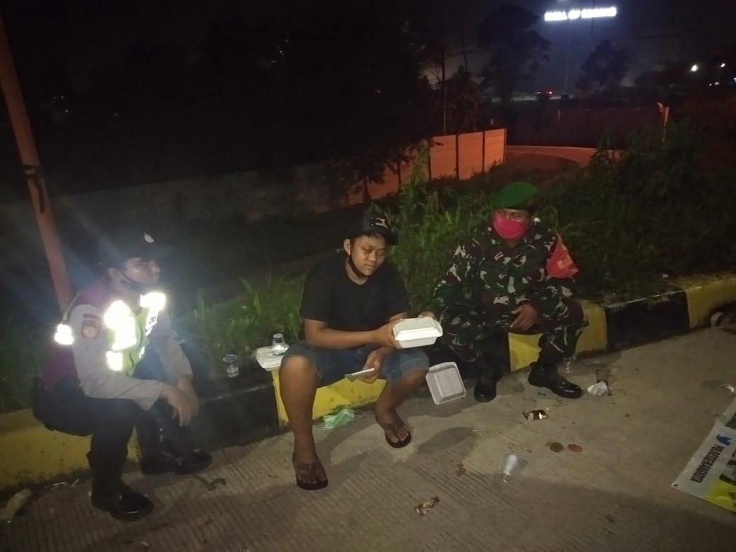 Hadi Ditinggal Ayah Tiri Di Jalan, Akan Dibantu Babinsa Pulang Ke Lampung