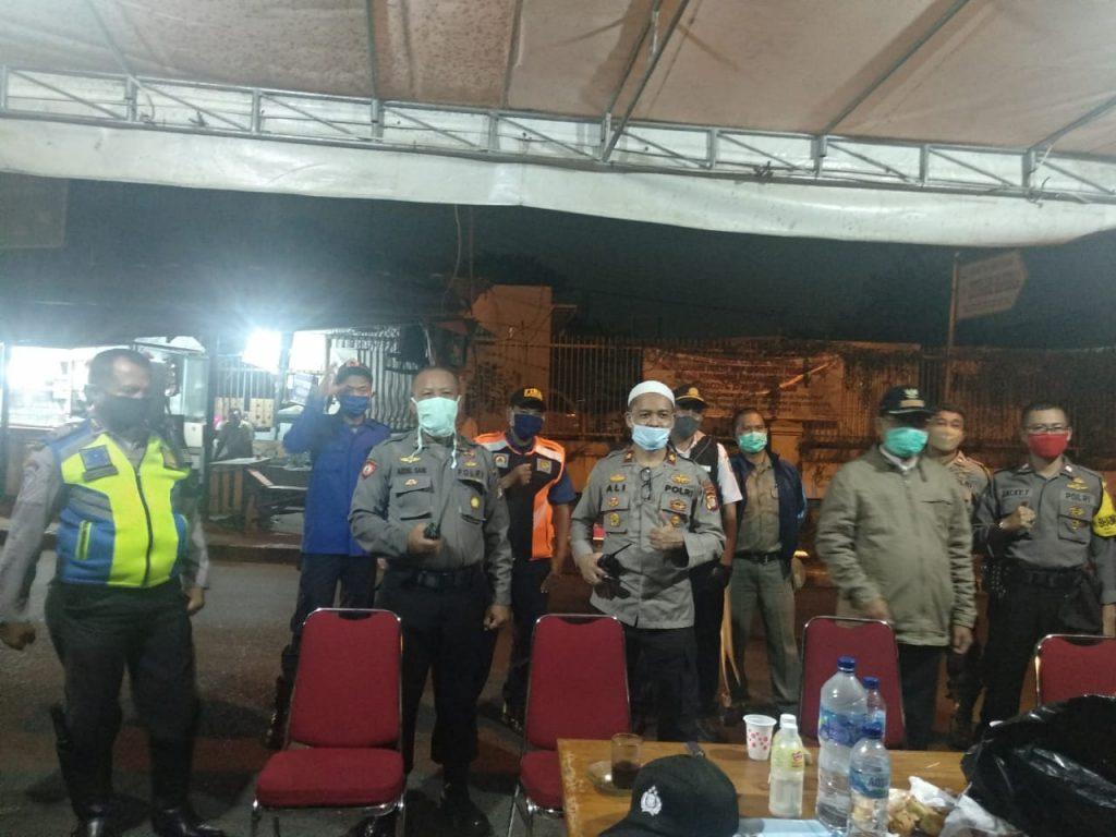 Hari Pertama Menjabat Kapolsek Cileduk Kompol Dr Ali Yusron Langsung Melaksanakan Giat PSBB