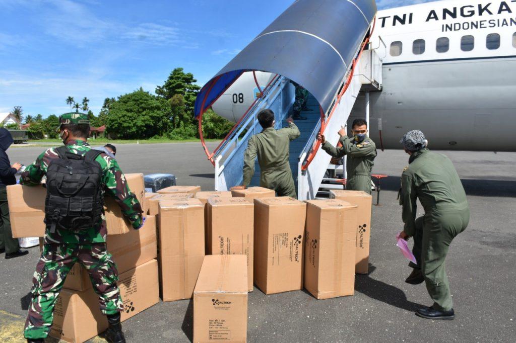 51 Koli Alkes Bantuan Dari Gugus Tugas Nasional Percepatan Penanganan Covid-19 Tiba Di Manokwari