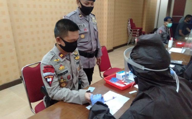 Jadi Profesi Yang Rentan, 200 Personil Brimob Banten Jalani Rapid Test