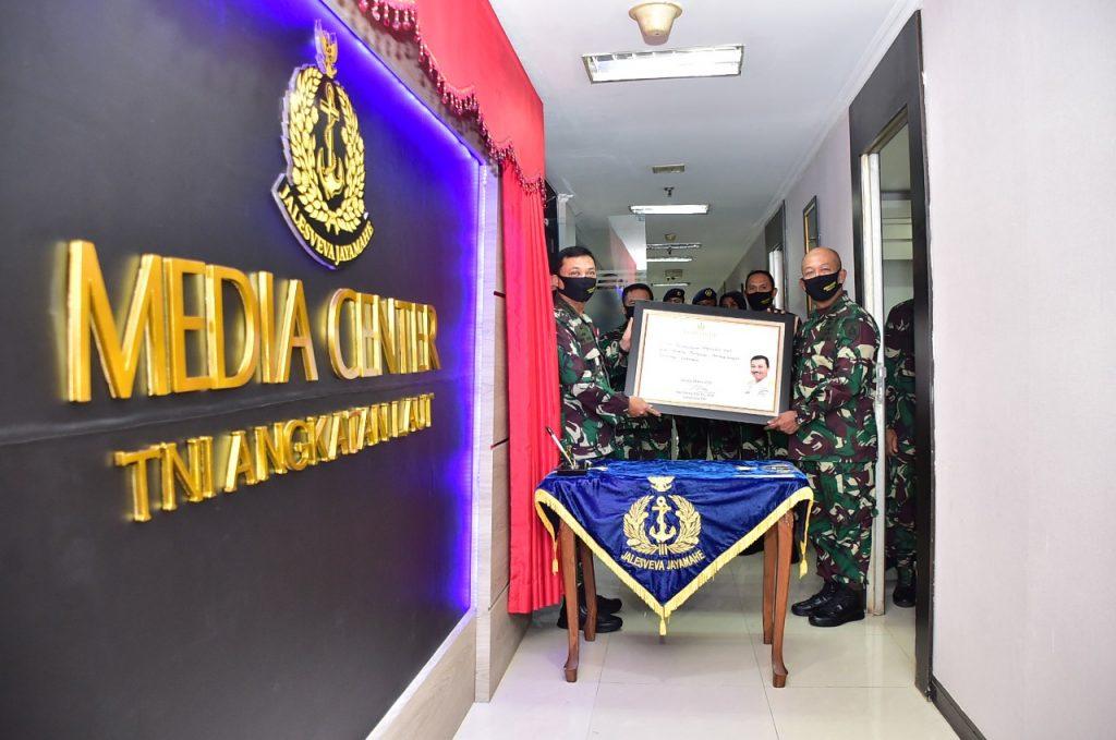 TNI AL HARUS MAMPU MENGEMBANGKAN MEDIA BERBASIS TEKNOLOGI