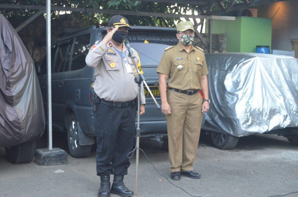 Polsek Neglasari Melakukan Pengamanan Di Malam Takbir Antisipasi Penyebaran Wabah Virus Corona