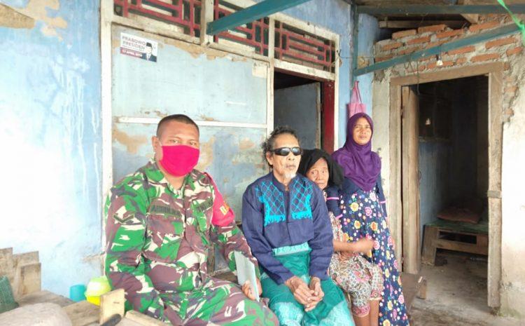 Babinsa Koramil Cikande Kunjungi Kakek Bujal, Yang Sakit Buta 25 Tahun
