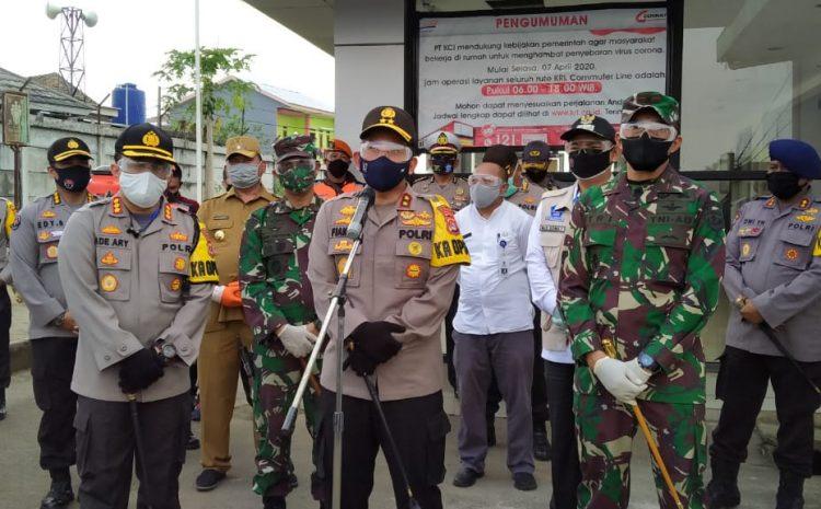 Kapolda Banten Kunjungi Stasiun Daru Tangerang Guna Memastikan Penerapan Protokol Kesehatan