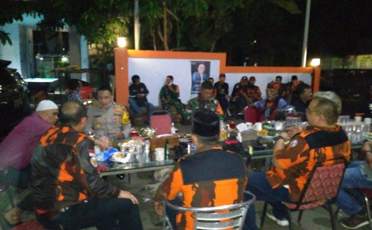 Kapolsek Ciputat Bersama Danramil Silaturahmi Di Kediaman Ketua Pemuda Pancasila