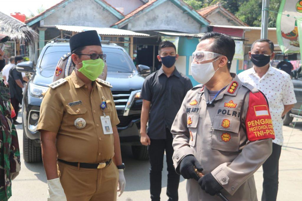Tinjau Terminal Dan Pasar, Kapolresta Tangerang Sosialisasikan New Normal Dan Protokol Kesehatan