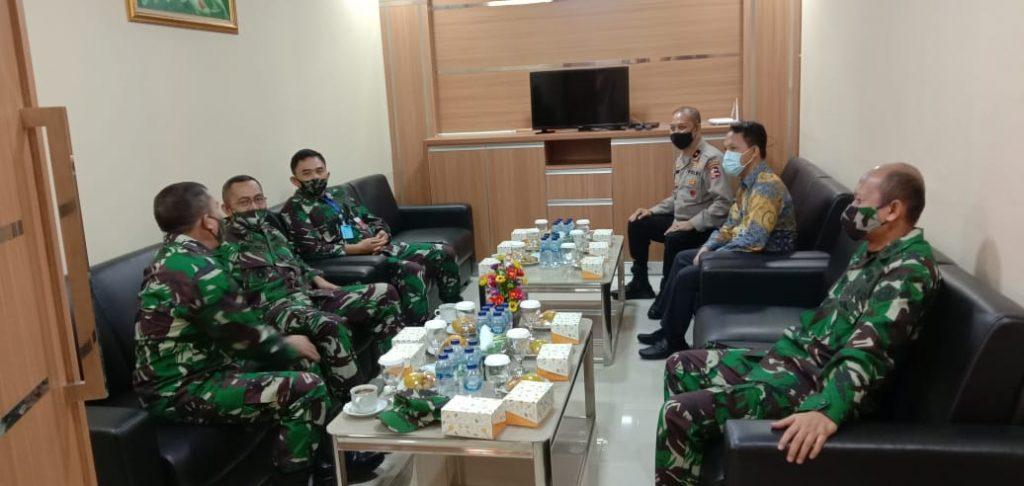 Brigjen Pol, Drs H Tajuddin MH Mewakili Kabaharkam Polri Hadir Di Mabesad TNI Dalam Rangka Rapat Kordinasi TMMD Ke 108 Tahun 2020