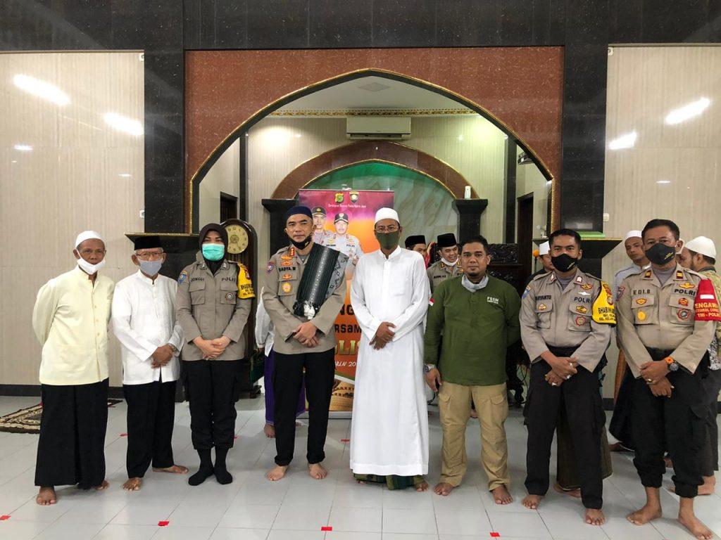 Menindak lanjuti program Irjen pol Drs. Nana Sudjana, Dir Binmas PMJ Ajak Jamaah Masjid Jami Al-Amin Kelapa Gading