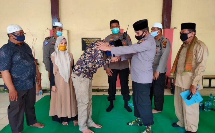 Kapolsek Medan Helvetia Menjadi Saksi Nikah Seorang Tahanan Kasus 365