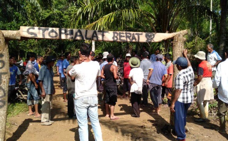 Masyarakat Desa Alue Dua Memprotes Pembangunan Irigasi Alue Geureutut