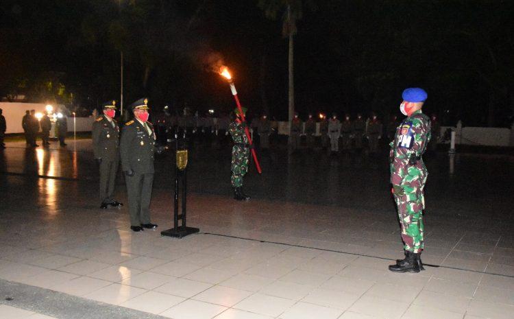 Pangdam VI/Mulawarman Irup Apel Kehormatan Dan Renungan Suci Dalam Rangka HUT Kemerdekaan RI Ke- 75