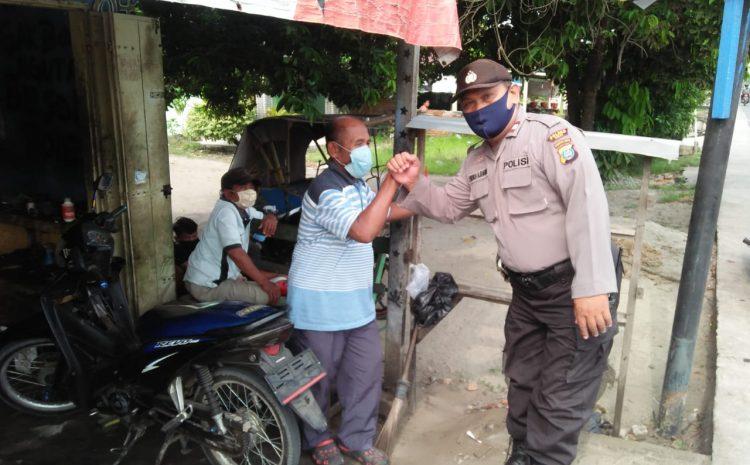 Polsek Binjai Patroli Bagikan Masker Cegah Virus Corona