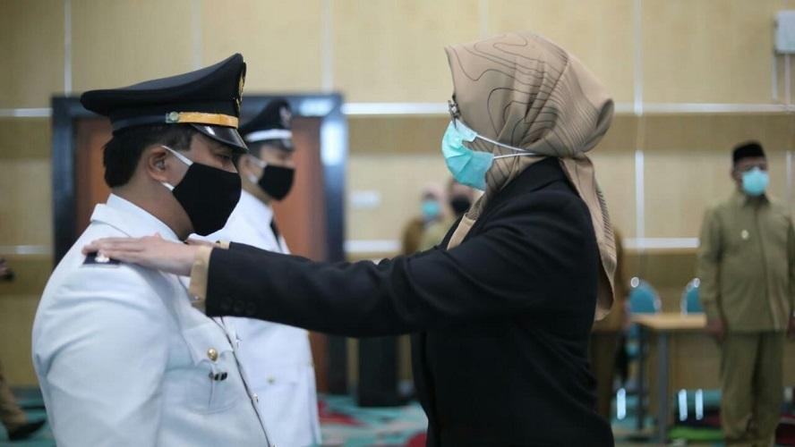 Lantik 41 Pejabat Pengawas, Administrator & Kepala UPT Kesehatan, Airin Ingatkan Pentingnya Turun Kelapangan