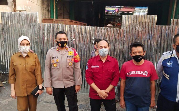 Polsek Ciputat Timur Melaksanakan Kegiatan Relokasi Kepada Pedagang Kaki Lima Pasar Ciputat