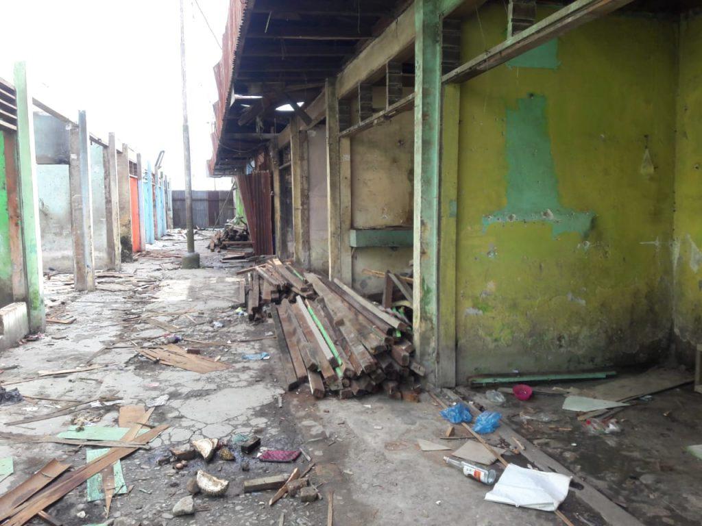 Proyek Renovasi Pasar Tradisional Di Labuhan Bilik. Kios Sudah Dibongkar, Kontrak Belum Ditandatangani