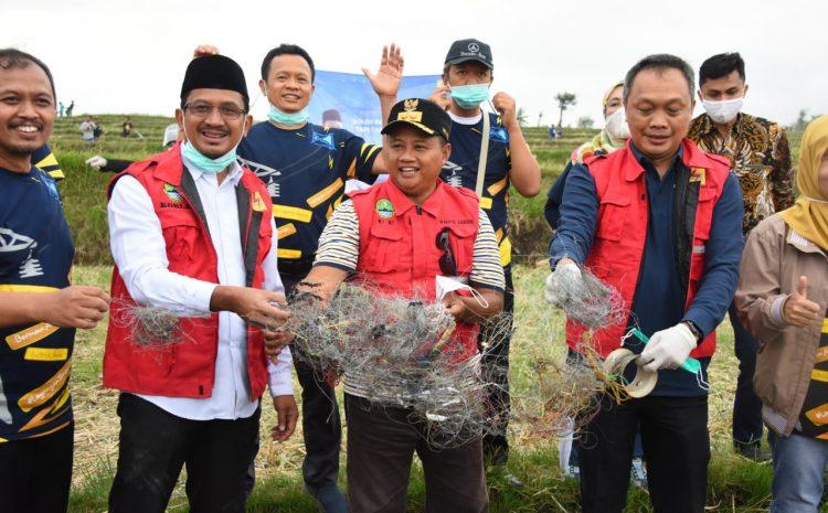Wagub Jawa Barat Resmikan Saber Lekat Guna Cegah Gangguan Listrik Akibat Layangan Berkawat