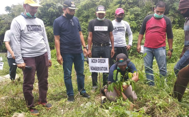 Milad Perdana, Komunitas Pijay Gleeh Tanam Pohon Di Kawasan Wisata Arung Jeram Lhok Sandeng