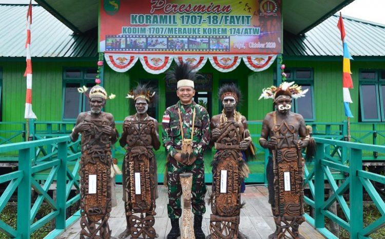 Empat Ketua Adat Asmat Resmikan Koramil 1707-18/Fayit Kabupaten Asmat Papua