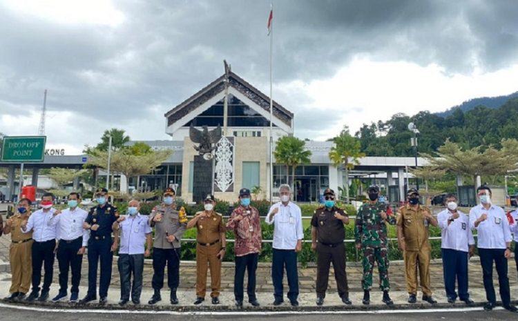 Dansatgas : Satgas Yonif 642/Kps Bertugas Menjaga Keamanan Perbatasan RI-Malaysia