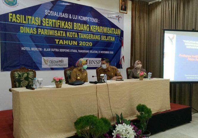 Airin Buka Uji Kompetensi Dan Sertifikasi Pekerja Bidang Pariwisata Di Tangsel