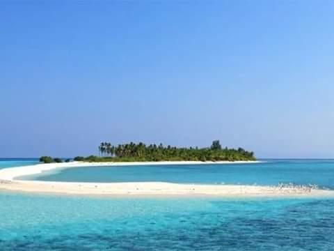 Kalahkan Keindahan Pantai Kuta Bali Kawasan Pulau Tinabo Dipuji Komisioner KPU