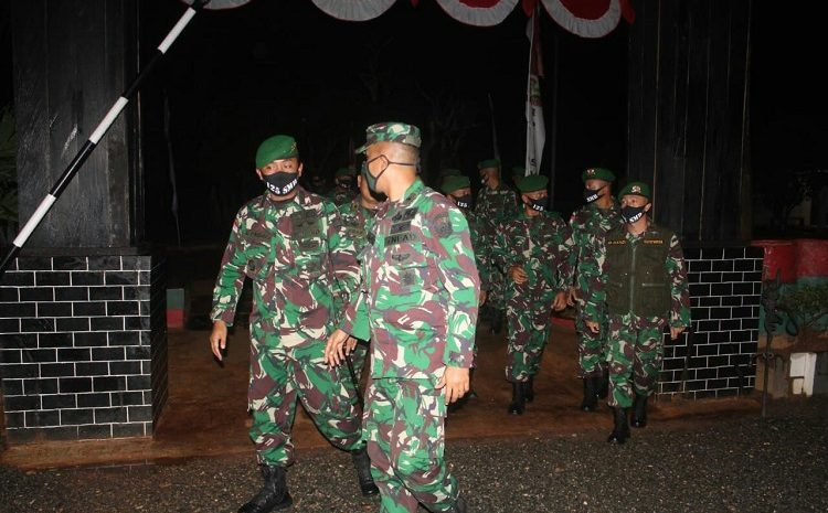 Cek SituasiDan Kondisi Wilayah Perbatasan RI-PNG, Tim Sintelad Kunjungi Satgas Pamtas Yonif125/Simbisa