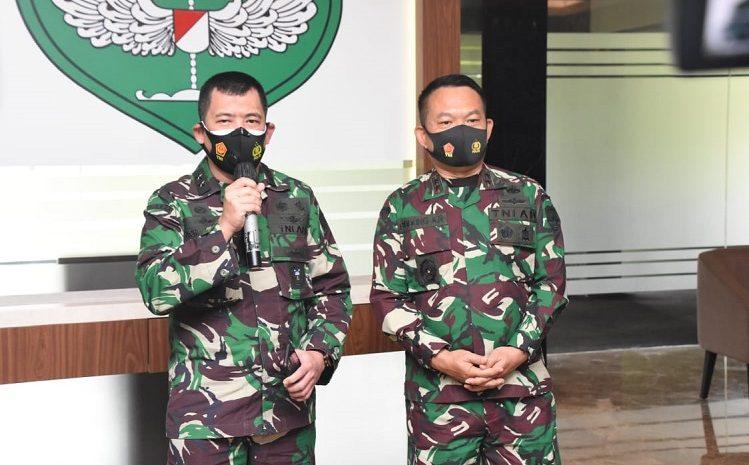 Penurunan Baliho HRS Yang DilakukanPangdam Jaya Didukung Panglima TNI