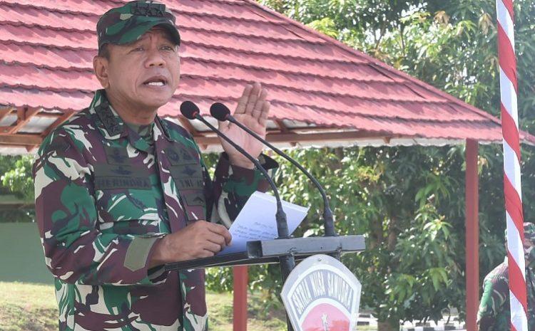 Kasum TNI Cek Kesiapan Yonif 734/SNS Sebelum Laksanakan Tugas