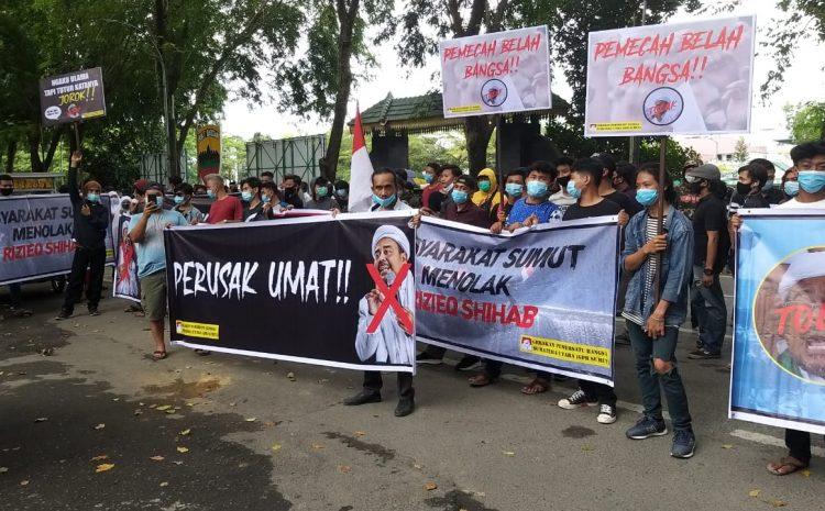 Aksi Unjuk Rasa GPB Menolak Kehadiran HRS Di Medan