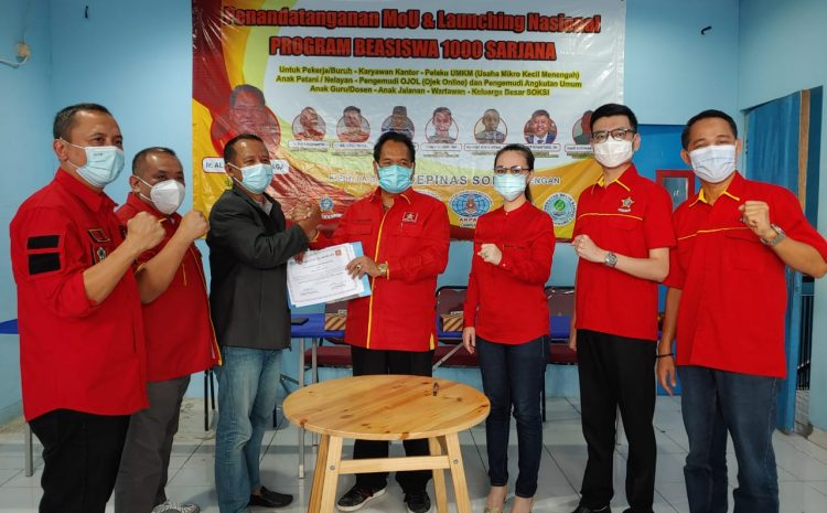 Ketum SOKSI Ali Wongso Meluncurkan Program Beasiswa 1000 Sarjana Di Kampus Akademi Pariwisata Nusantara