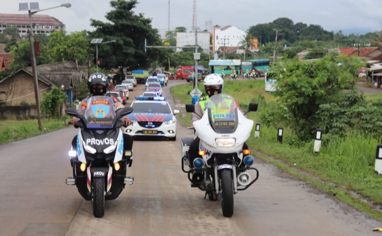 Jamin Nataru Aman, Polda Banten Bersama TNI Dan Forkopimda Gelar Patroli Skala Besar