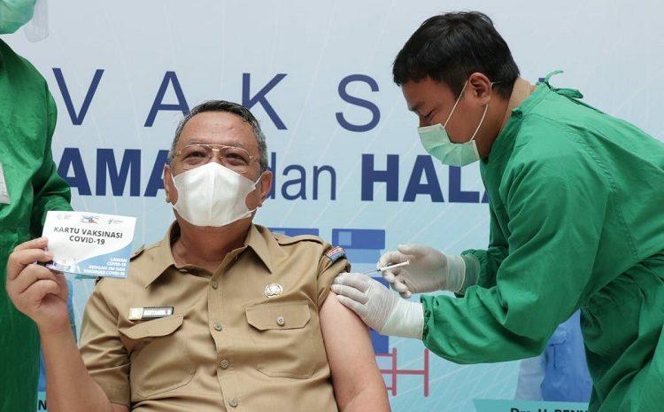Pejabat ASN Dan TNI-POLRI Mulai Diberikan Vaksin Covid-19, Wakil Walikota Tangsel Resmi Divaksin