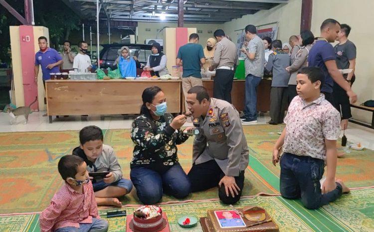 Keluarga Besar Polsek Medan Helvetia Melaksanakan Buka Puasa Bersama