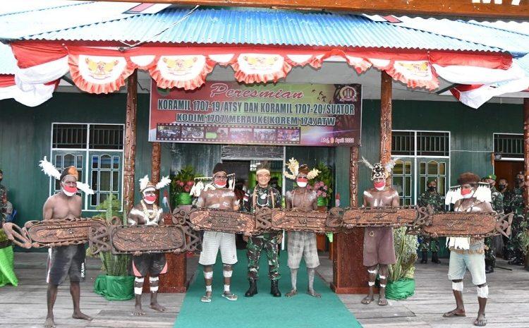 Danrem 174 Merauke BersamaEnamKepala SukuResmikanDuaKoramilDi KabupatenAsmat Papua