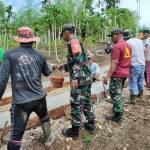 Prajurit TNI Bersama Masyarakat Gotong