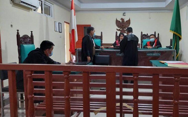 Gawat!! . Arih Ersada Berbelit Belit Menjawab Pertanyaan Hakim