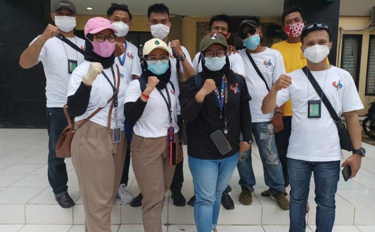 Dibulan Suci Ramadhan Pji-Demokrasi Tangsel Bersama LMP Marcap Tangsel Bagikan Paket Takjil & Masker