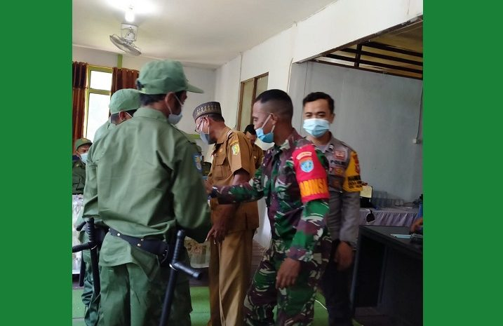 Sinergitas TNI-POLRI Tingkatkan Kedisiplinan Anggota Linmas