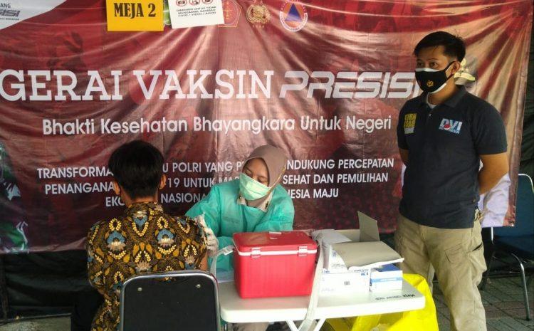 Gelar Suntik Vaksin, 70 Warga Datangi dan Suntik di Gerai Vaksin Presisi Polres Kepulauan Seribu