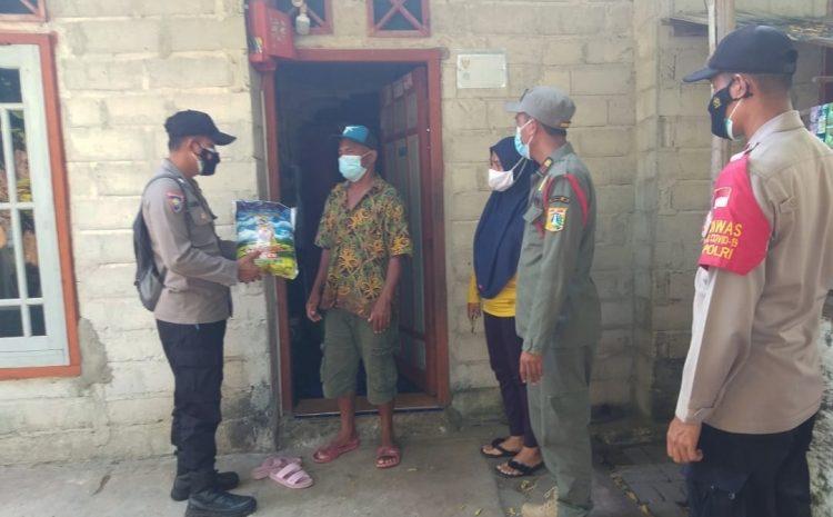 Terdampak PPKM Darurat, 34 Warga Slum Area Pulau Tidung Dapat Bansos dari Polsek Kepulauan Seribu Selatan